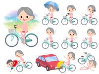 patient senior women_city cycle