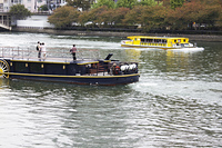 大川の観光遊覧船