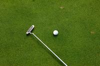 パターとゴルフボール