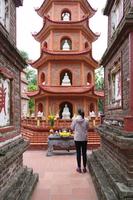 ハノイ最古の仏教寺院