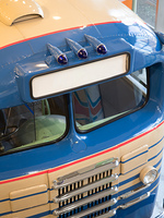古い乗り合いバス