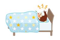 発熱してベッドで寝込む小さな男の子- 全身