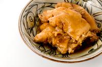 沖縄料理 てびち(豚足の煮付け)