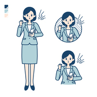 calm type suit business woman_smartphone anger