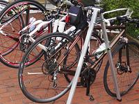 自転車用の専用スタンド
