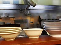 厨房のラーメン鉢