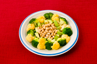 ブロッコリーとオレンジカリフラワーの彩りサラダ