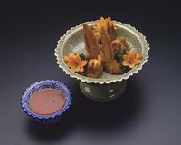 鶏手羽肉の台風揚げ物