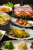 韓国料理の食卓
