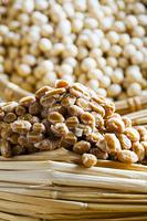 藁納豆と大豆