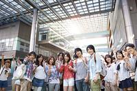 大学生の記念写真