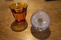 ウォーターグラスとタンポポの水晶