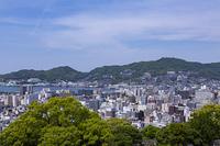 風頭町付近からの長崎市街地