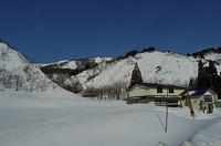 冬の飯豊のふもとの風景