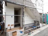 住宅の建設現場