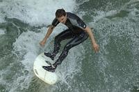 Eisbachsurfing