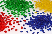 transparentes Kunststoffgranulat