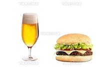 チーズバーガーとビール