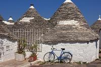 Trulli mit Fahrrad