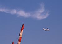 クレーンと飛行機