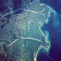 宇宙から見た地球(NASA提供)