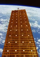 太陽光発電(NASA提供)