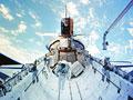 スペースシャトル(NASA提供)