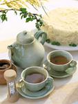 紅茶とミモザケーキ